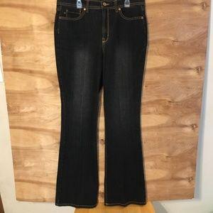 Jeanstar Elle Denim Dark Black Boot Cut Jeans sz12